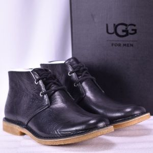 Men's UGG Leighton Black Chukka Boots